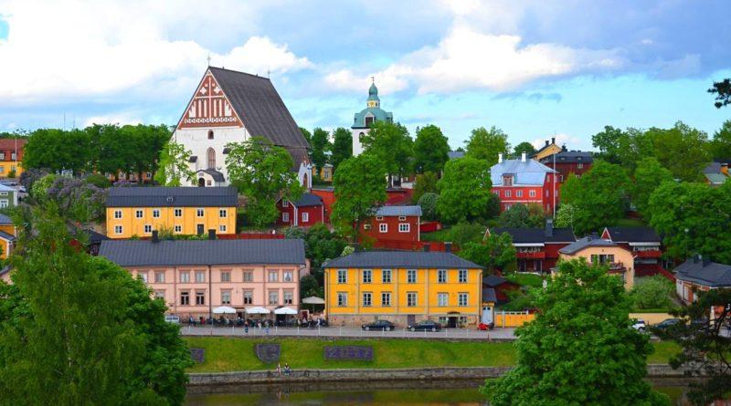 Порвоо — самый красивый средневековый город Финляндии.