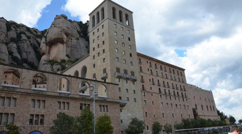 Монастырь Монсеррат жемчужина Каталонии.