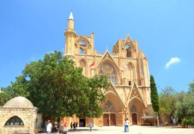 Фамагуста самый интересный город Кипра.