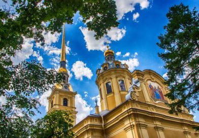 Петропавловский собор в Санкт-Петербурге.