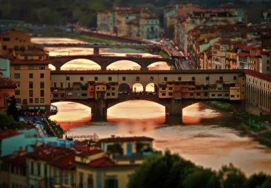 Понте Веккьо — символ Флоренции.