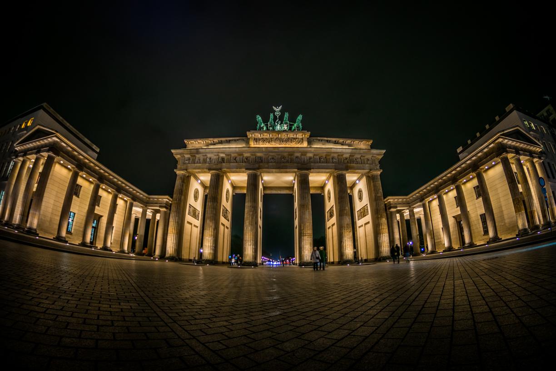 Бранденбургские ворота в Берлине. - Гид по путешествиям