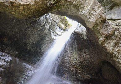 Северная Осетия: водопад Кольцо